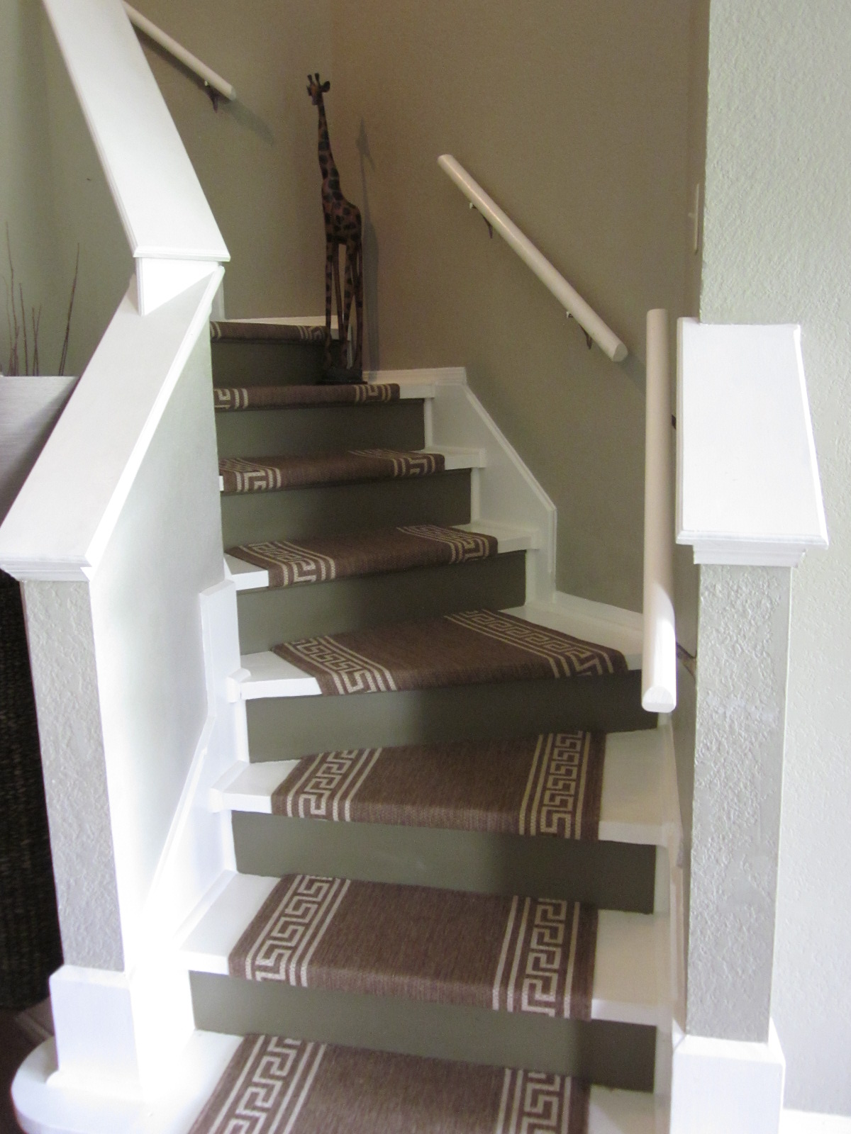 How we refinished our stairs diy style for Passatoie per scale legno